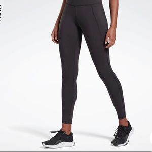 Small black Reebok CrossFit 7/8 length tights